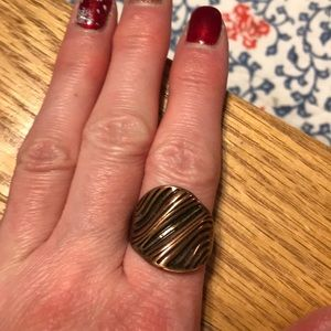 Jewelry - Modern look copper colored band